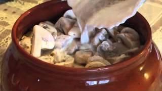 Картошка с Грибами в Горшочке «Сливочная» [Картошка с Мясом в Горшочках со Сливками]