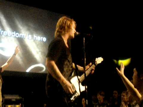 Aaron Gillespie at 12 Stone church