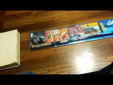 Shakespeare Bass Fishing Kit Unboxing