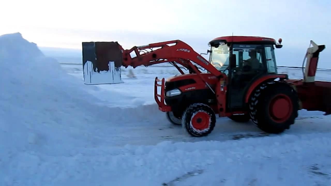 Homemade Snow Plow >> Kubota L3940 Pushing Snow with Homemade Snow Pusher - YouTube