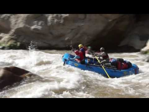 Linlin Rapid, Maranon River, Class 4, June 2016 (Video: Enrique Ortiz)