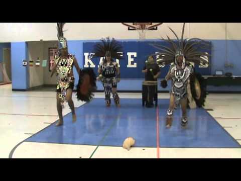 The fourth Danza Xochiquetzal performance at Kate Bond Elementary School.