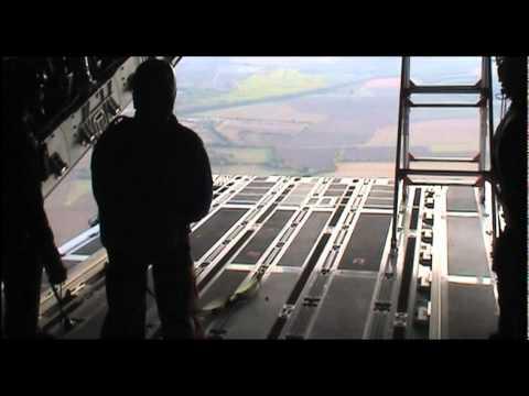 A400M pruebas: lanzamiento de paracaidistas