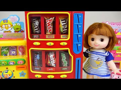 Baby doll Candy and drink machines play baby Doli friends
