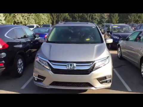 2018 Honda Odyssey With Hitch And Roof Rack Silver