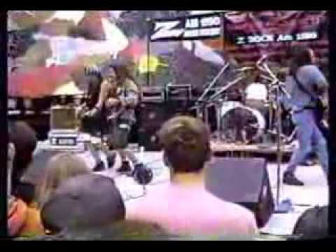 2.Pearl Jam - State of Love and Trust (Seattle '91 handycam)