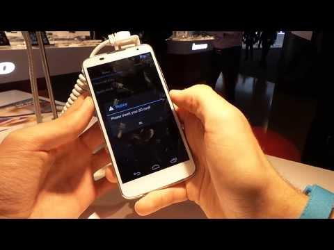 Medion Life P5001 okostelefon bemutató videó | Tech2.hu