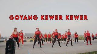 Download GOYANG KEWER KEWER   senam kreasi   zumba dangdut   Chika Aerobic
