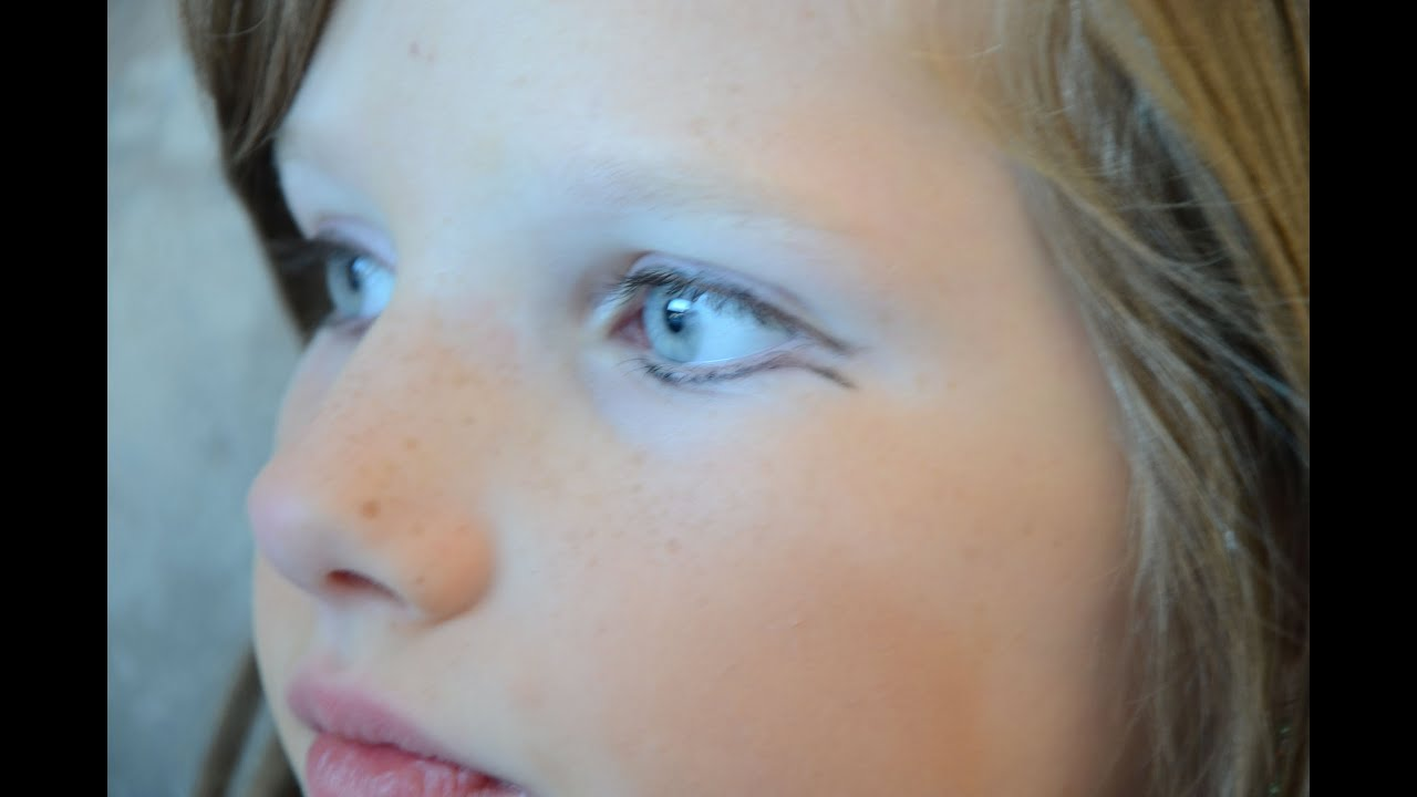 Theatrical Eye Makeup