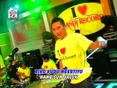 Free Download Demy - Endi (official Music Video) Mp3 dan Mp4