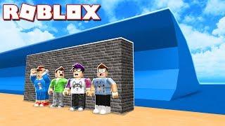 Roblox Adventures - BUILD A WALL & SURVIVE A TSUNAMI IN ROBLOX! (Wall vs Tsunami)