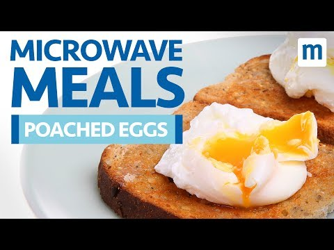 How to make soft poached eggs in the microwave