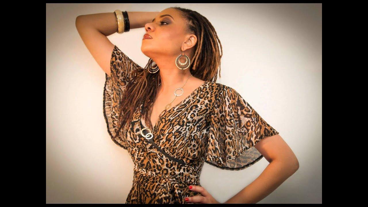 Download Diana Bada: Dem So So (resn mix)