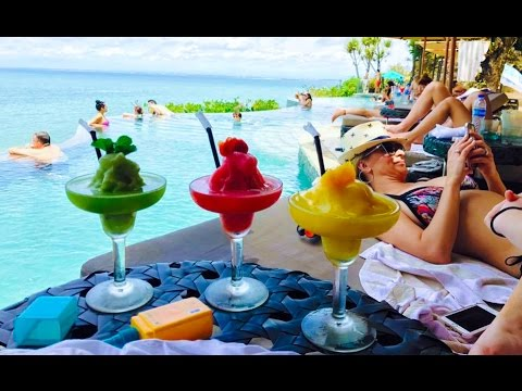 THE WORLD FAMOUS ROCK BAR - AYANA RESORT BALI 70