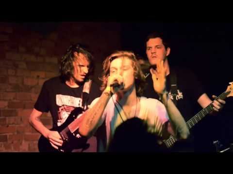 VITAMIN DEATH - SMOKIN' JOE (OFFICIAL LIVE MUSIC VIDEO)