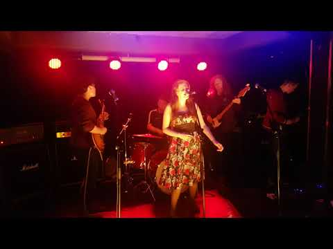 Woman by Wolfmother cover by Courtney Legan & Riverside Music College Band