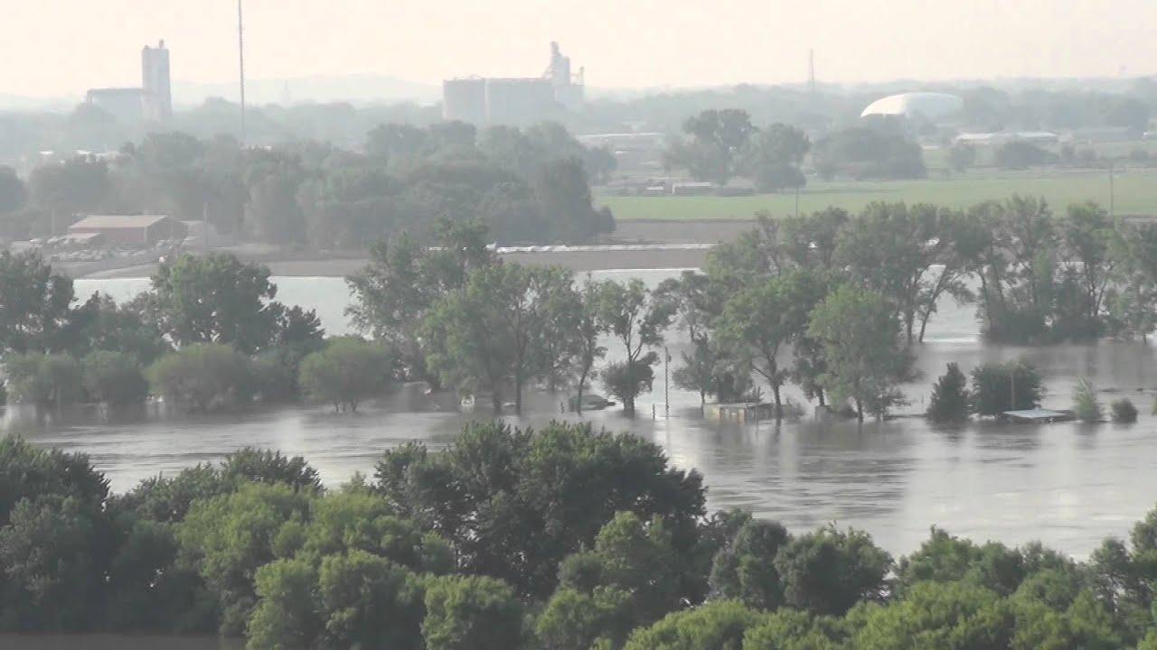 Missouri river valley flood 2011 footage youtube missouri river valley flood 2011 footage publicscrutiny Gallery