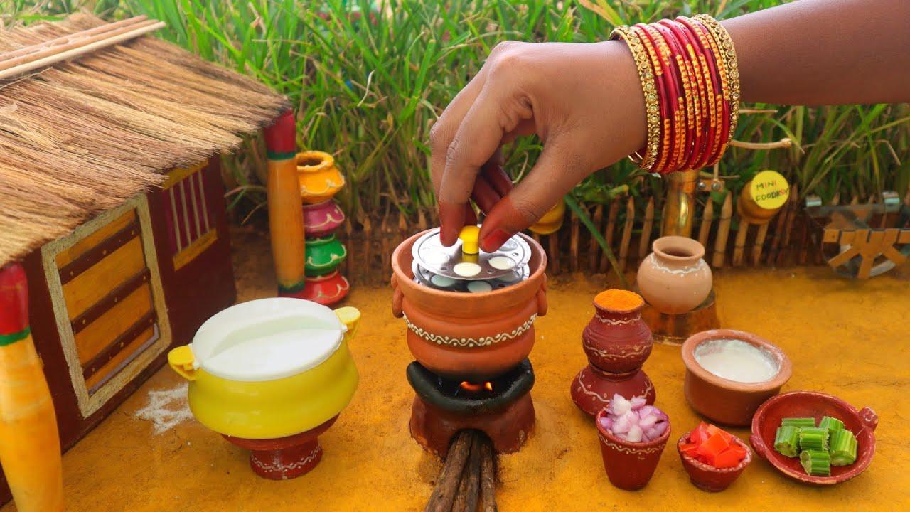 Sambar Idli | Miniature Idli + Sambar | Mini Foodkey