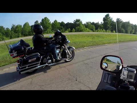 Pitbull Motorcycle Lift for Goldwings and Harleys by Chris