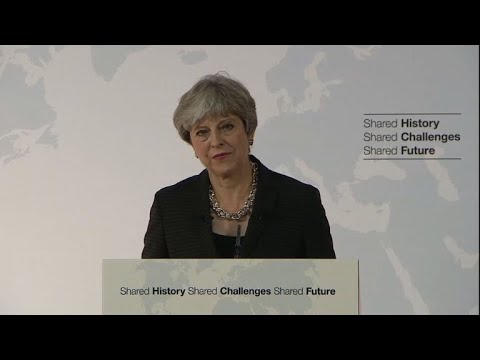 May propose une période de transition de deux ans après Brexit