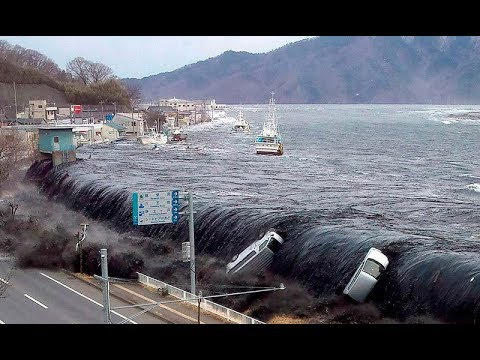 Scariest Rogue Waves and Floods Attack Caught On Tape!