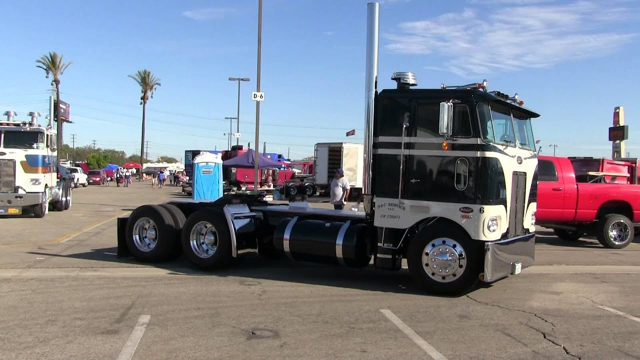 A Couple Of Sweet 1979 Peterbilt 352's Out For A Stroll At TFK 2013