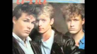 Take On Me - A-ha (12 inch Extended Version)