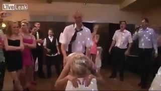 Polonyalıdan Yarı çıplak Düğün Dansı komedi