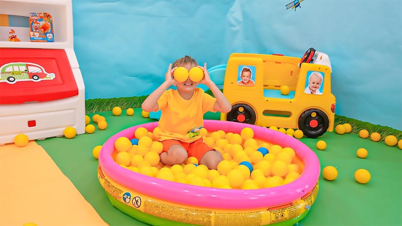 아기 크리스 블라드와 니키 플레이 - 아이들을위한 재미있는 이야기