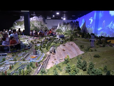 Mini World day and night (Lyon - France) - The biggest miniature park animated in France