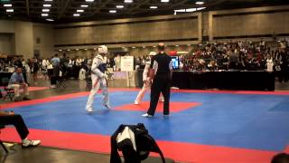 Bryan Robles TKD quarterfinals sparring