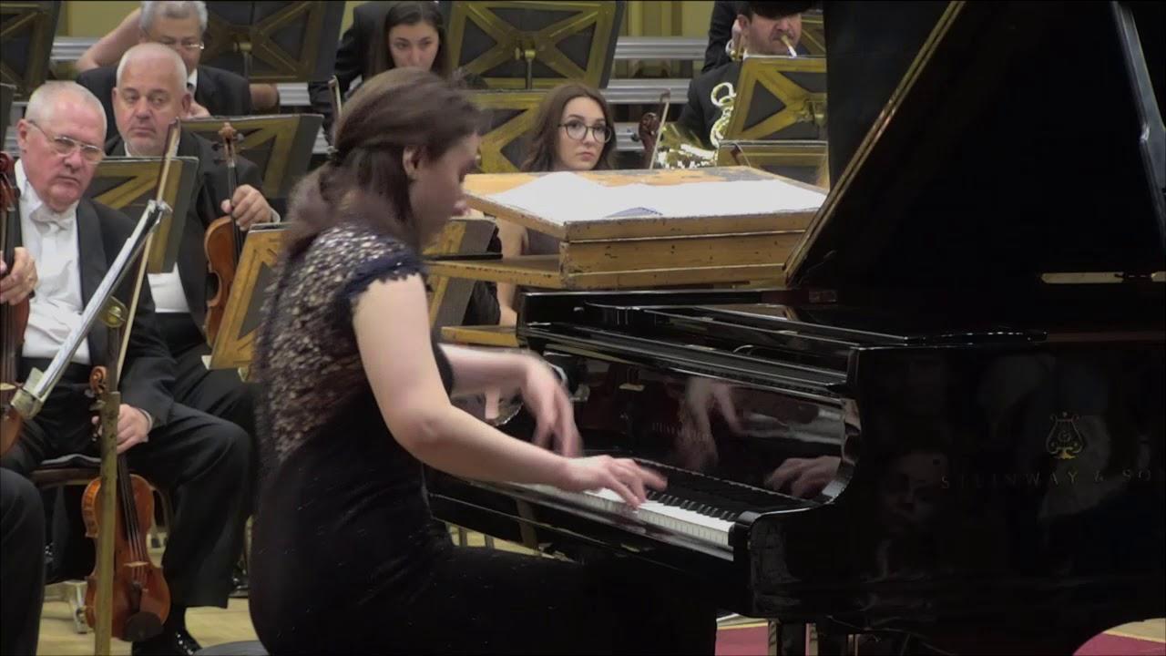 Mozart - Piano Concerto no 20 KV 466 in D minor, Adela Liculescu