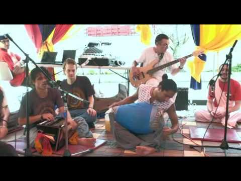 Bhajan - KulimeLA Day 1 - Krishna Kishor das (2/11)