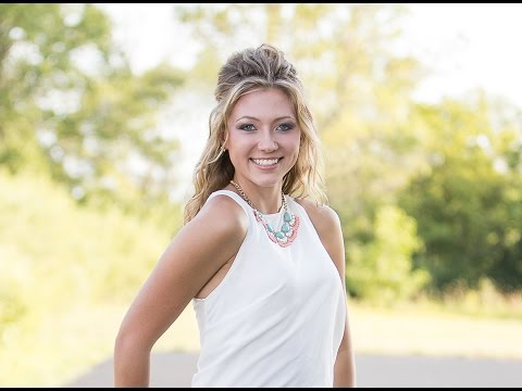 Behind The Scenes with Roxanne Knight Photography - Class of 2017