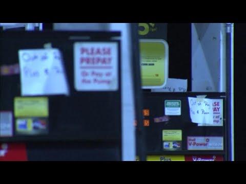 Pumps running empty after Hurricane Harvey shuts down oil refineries
