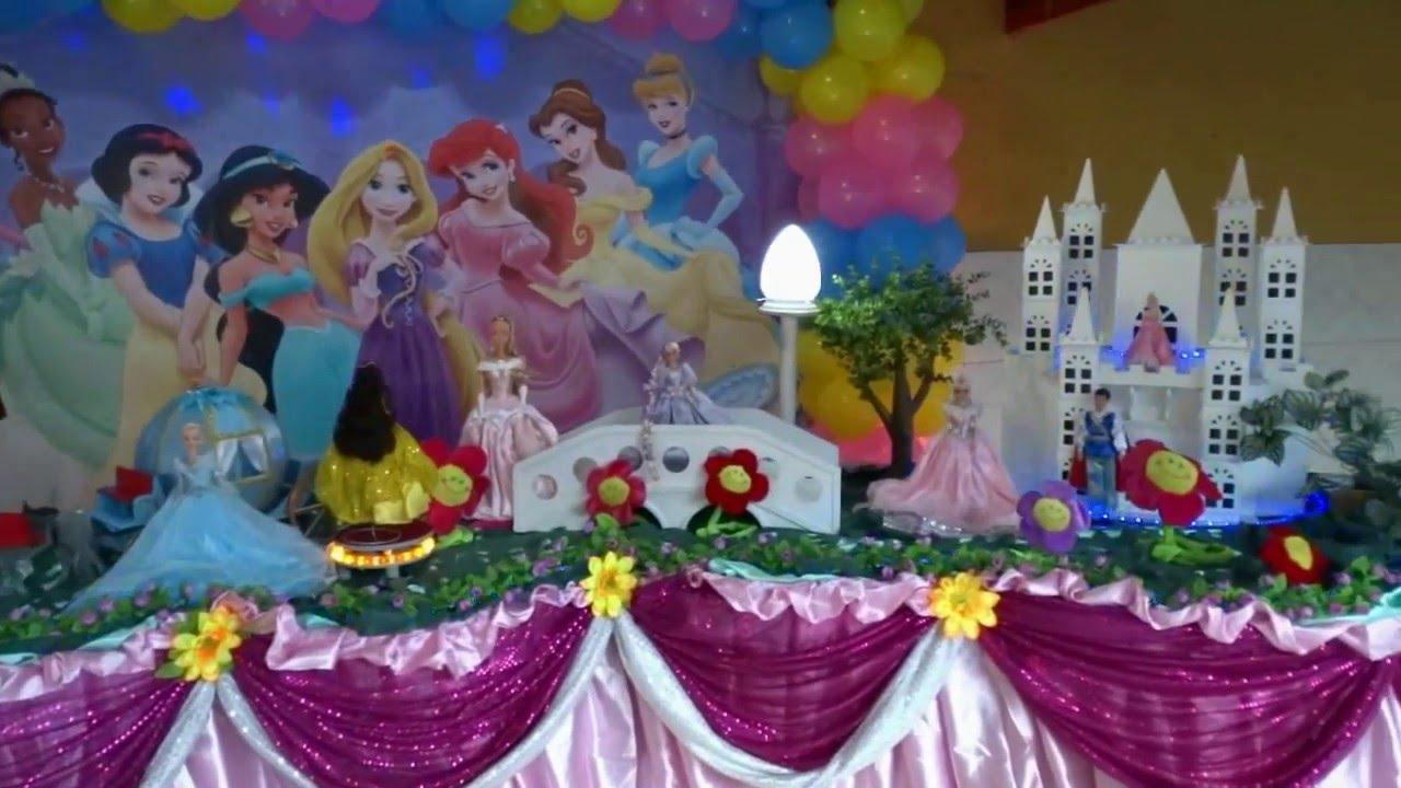Princesas Disney Decoraç u00e3o com o tema Princesas Disney para festa de aniversário infantil  # Decoração De Festa Das Princesas Da Disney