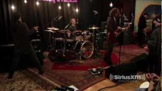 "Soundgarden Talk Johnny Cash & Perform ""Rusty Cage"" // Siriu..."