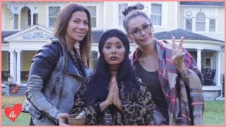 Snooki & JWOWW Visit a Haunted House! | #MomsWithAttitude Moment