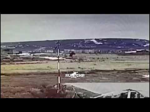 Момент крушения военного Ми-8 в Анадыре