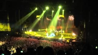 YOU NEED TO WATCH THIS Rammstein/Intro/Sonne/Wollt lhr Das Bett in Flammen- O2 Arena Dublin-27-02-12