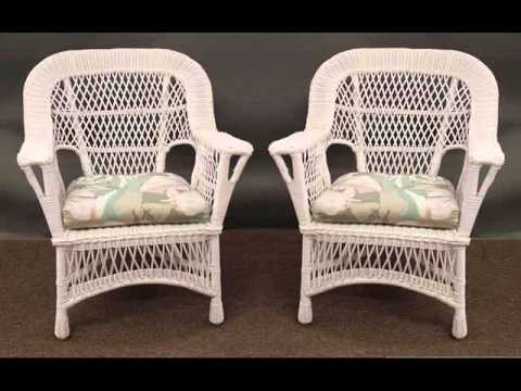 wicker-chairs,-tables-&-ottomans-:-wicker-furniture