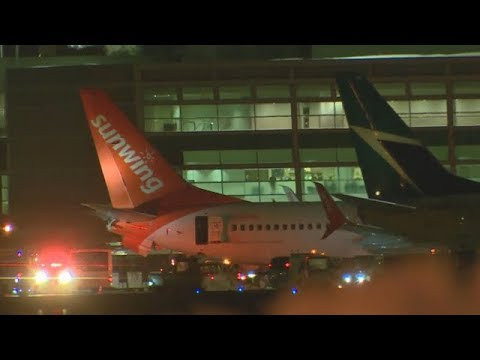 2 planes collide at Toronto's Pearson airport