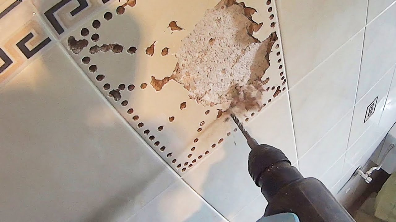Piastrella Rotta Bagno How To Remove A Ceramic Tile Without Break Others