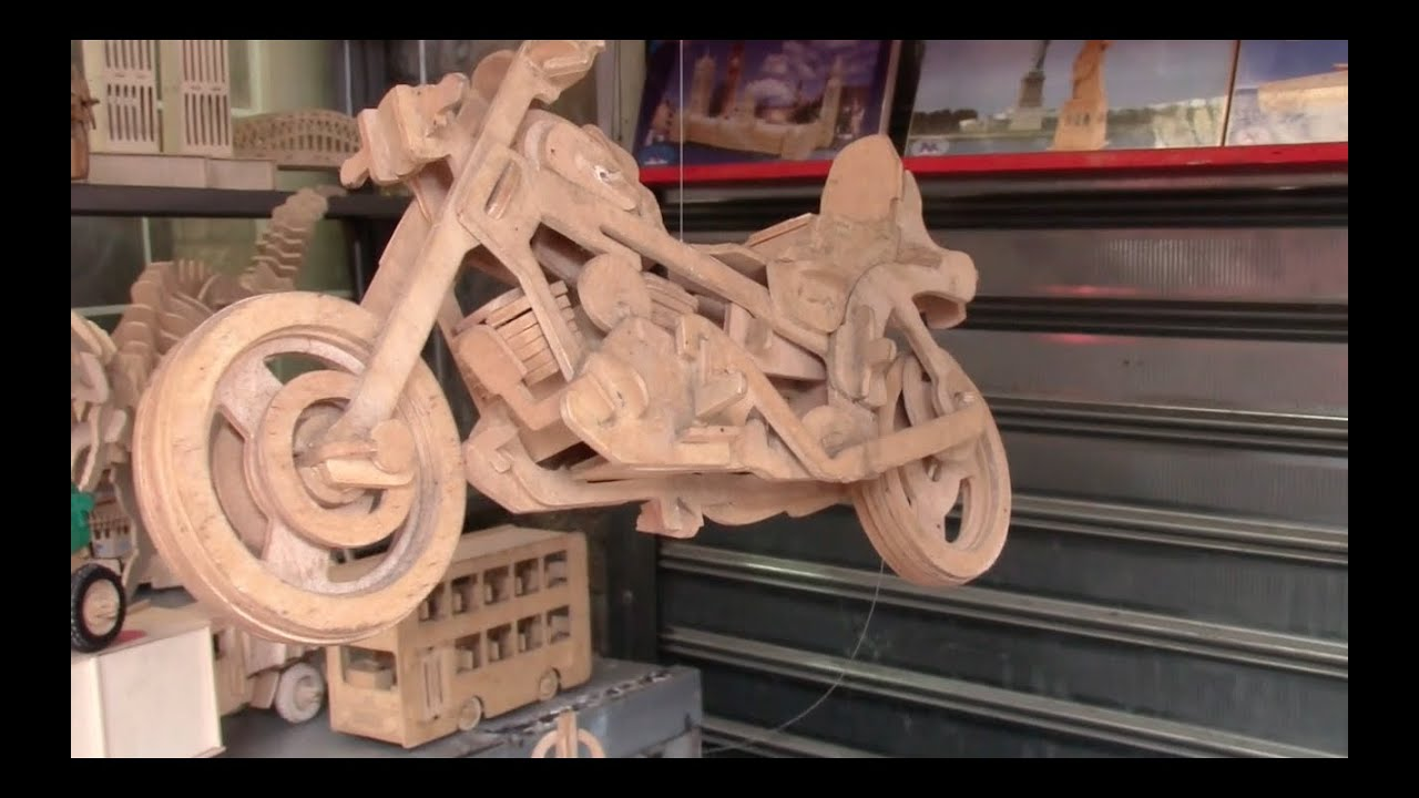 Intricate Wooden Models - Really Cool Stuff! - YouTube