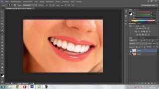 Отбеливание зубов в фотошопе(Отбеливаем зубы в фотошопе.Этот урок фотошопа быстрый и лёгкий (ретушь). Отбеливание зубов :) фотошоп онлайн..., 2014-07-20T18:13:00.000Z)