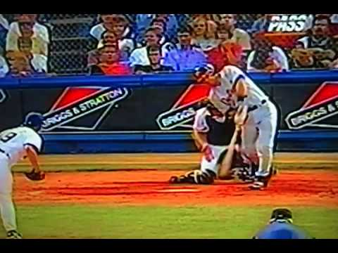 """Brad Ausmus"" Cricket Hit For ""Detroit Tigers!"""