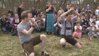 VoXXclub hautnah: Vorbereitung auf den großen Biergarten-Flashmob (14.04.13)