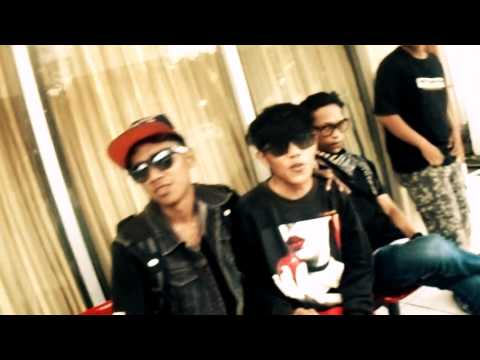 Officiall Video TAPUWALE x TAHAGA x TAGATE_Om Kumis Crew & B-Ton Hip Hop (Cover Ecko Show-TAHEDE)