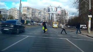 Нарушение ПДД водителями  Одесса
