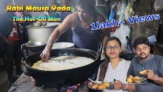 Rabi Mausa vada  The Hot-Oil Man  Bhubaneswar Odisha Street Food Of India  Street food Finder